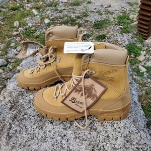 "Danner 43530X 7"" ICH Military boots Men's size 5.5"